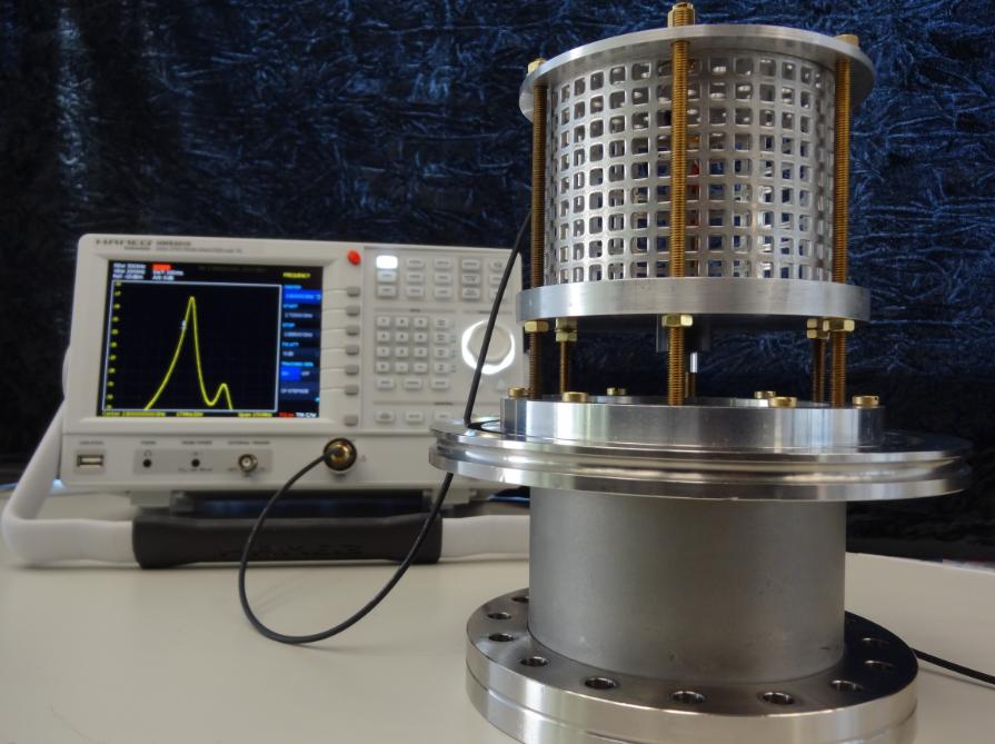 Plasmalab: Microwave Resonance Cavity